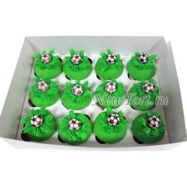 Капкейки с футбольными мячами