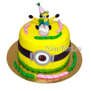 Желтый торт с Миньоном
