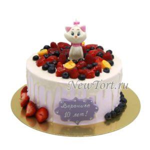Кошечка Мари в ягодах