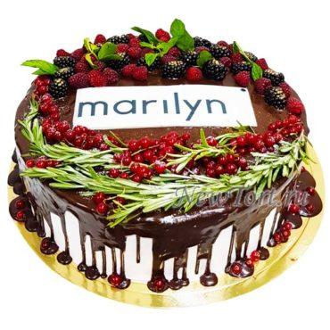 Торт с ягодами и логотипом