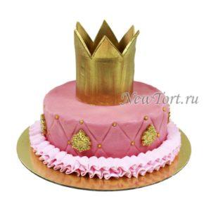 Красивая торт с короной