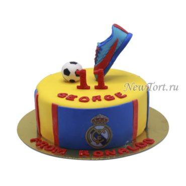 Торт с бутсой и мячом