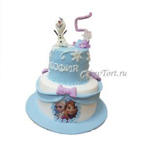 Большой торт с Олафом