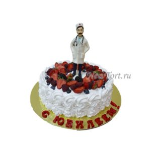 Торт для врача ягодный