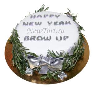 Новогодний торт с еловыми ветками