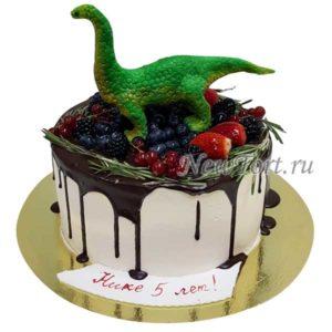 Ягодный торт с динозавром