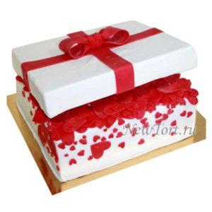 Торт коробка с сердечками