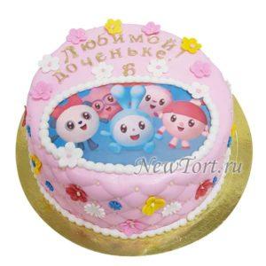 Торт малышарики  на картинке