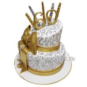 Скошенный  торт на юбилей