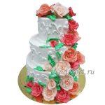 Свадебный 3 ярусный торт с розами