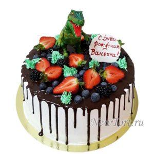 Торт с динозавром  и ягодами