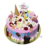 Торт со сладостями
