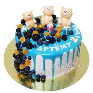 Торт мишки и ягоды