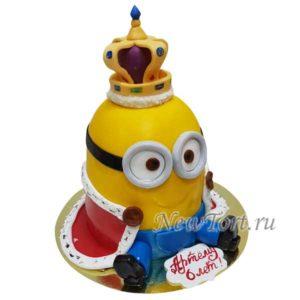 Торт Миньоны с короной