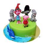 Торт с любимыми персонажами