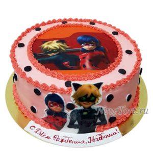 Круглый торт с Леди Баг