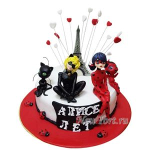 Торт с персонажами Леди Баг