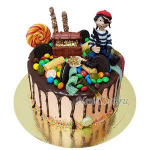 Торт Пират с сундуком и конфеты