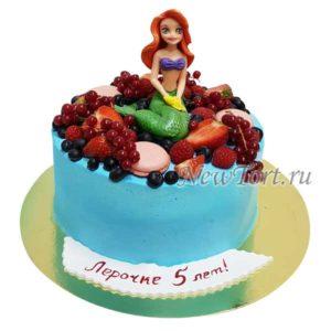 Торт Ариэль с ягодами