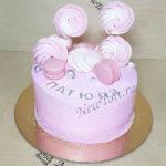 Розовый торт без мастики