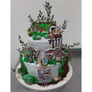Большой торт с динозаврами и пряниками