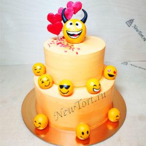 Торт смайлики и сердечки