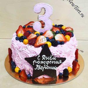Торт с звездой и ягодами ТД205